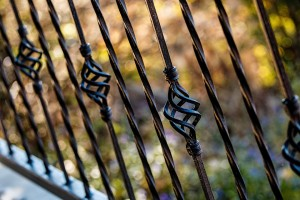 fence-450681_960_720